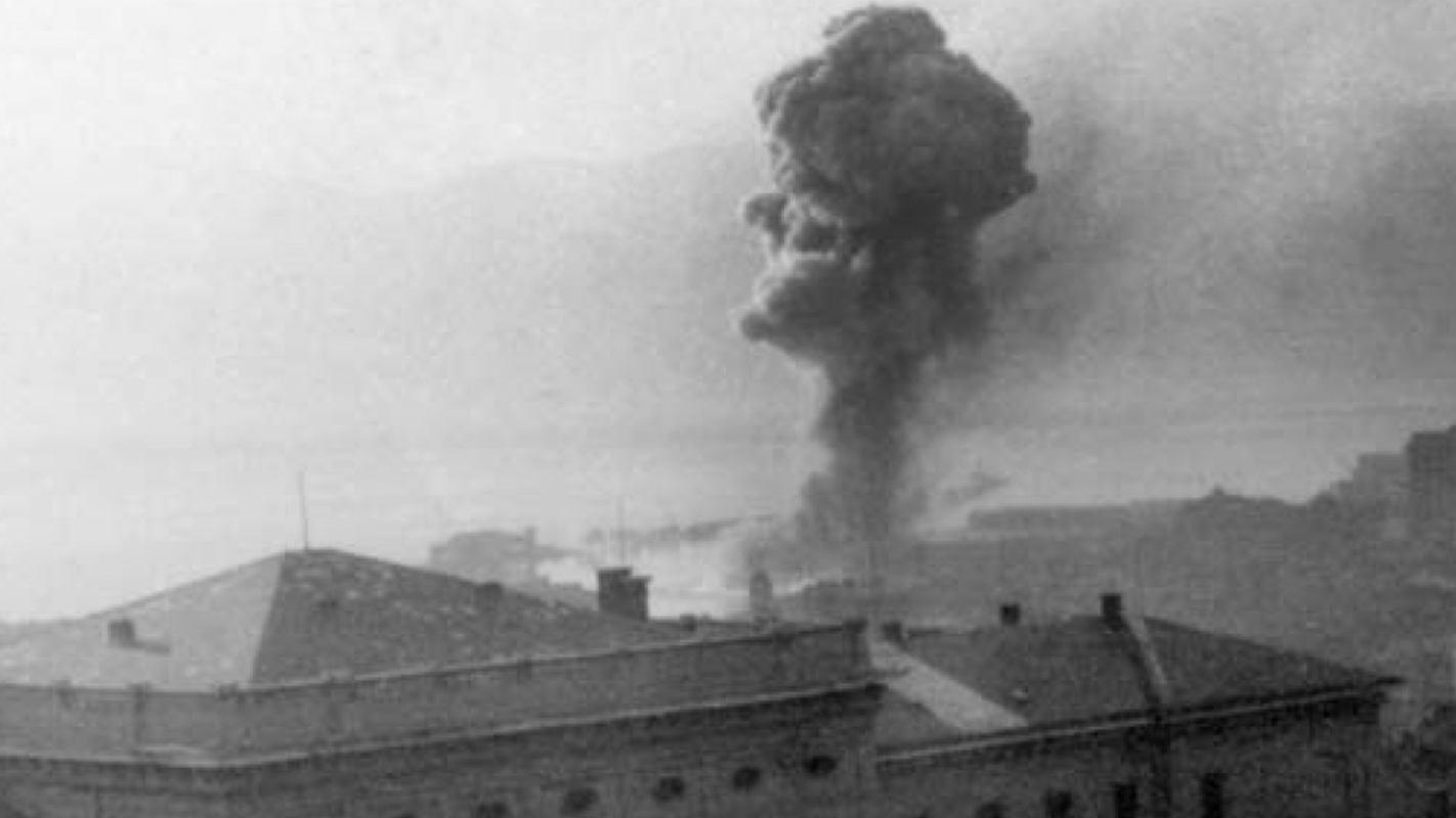 U bombardiranju Rijeke 05. studenog 1944. godine dvojica vatrogasaca poginula gaseći požar