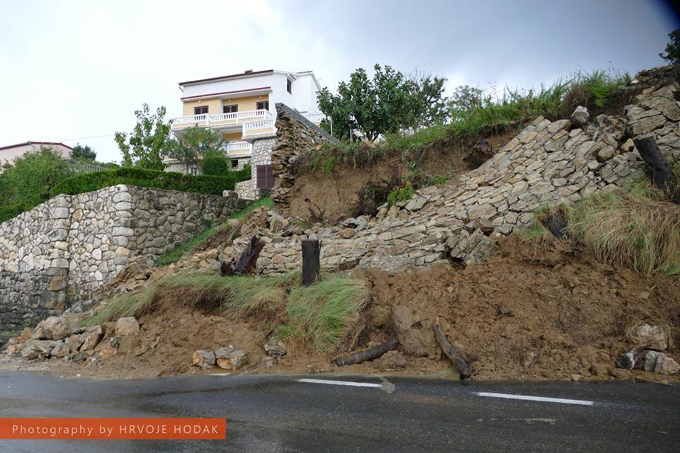 Kiša potopila Crikvenicu, Selce, Novi Vinodolski, Rab