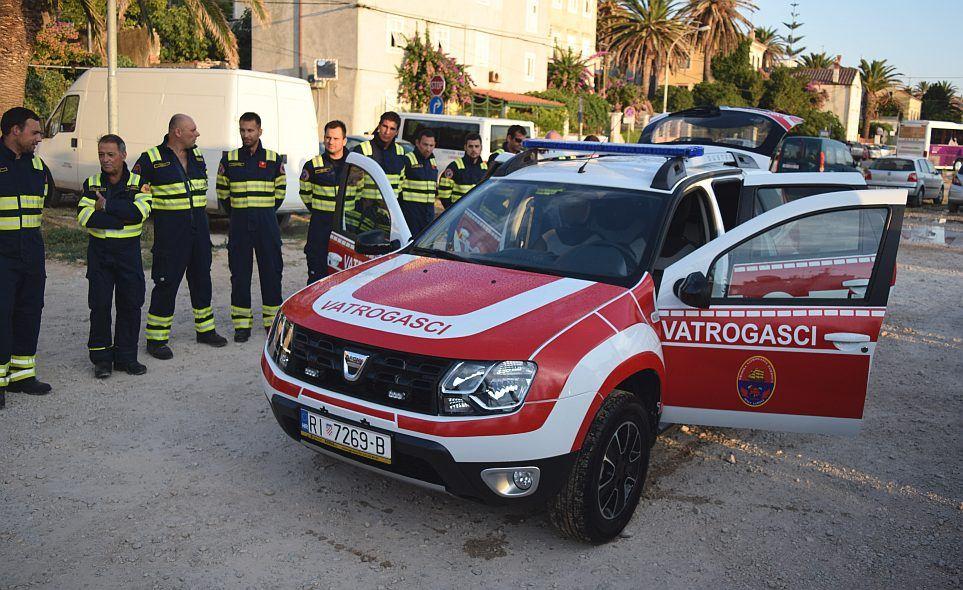 Novo zapovjedno vozilo za lošinjske vatrogasce