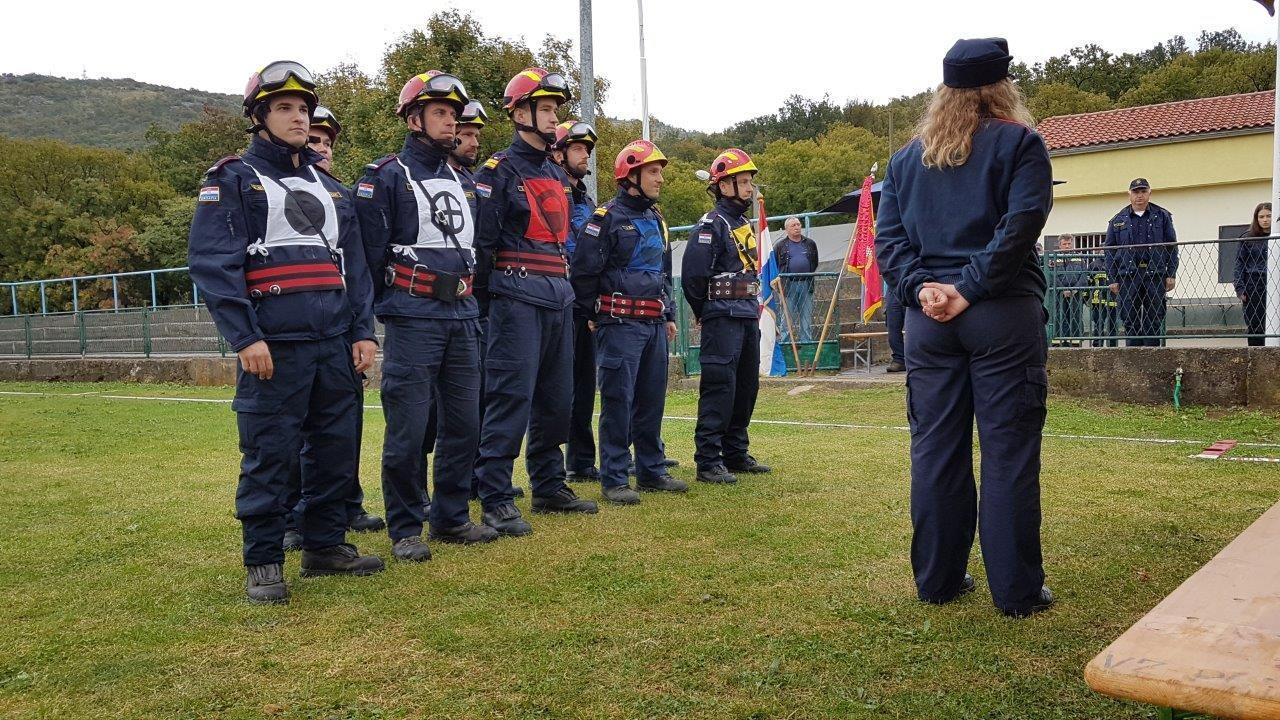 Održano županijsko vatrogasno natjecanje članica i članova