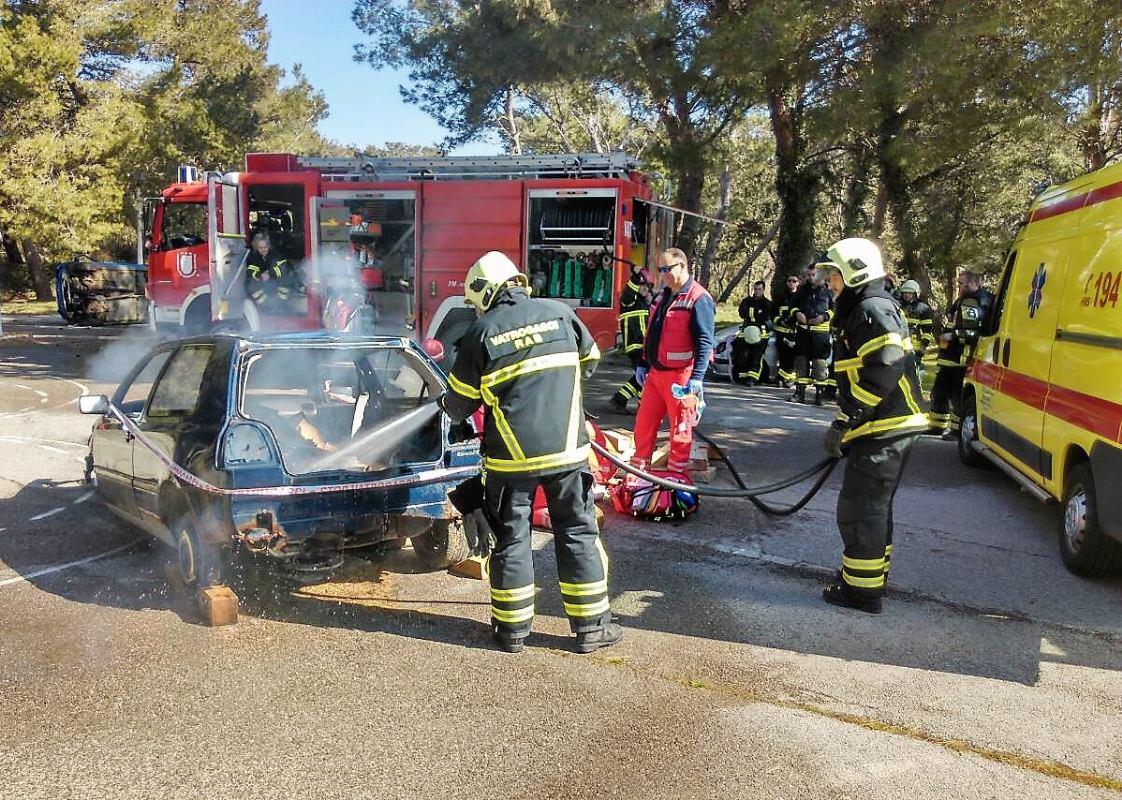 Osposobljavanje rapskih vatrogasaca za spašavanje pri tehničkim intervencijama