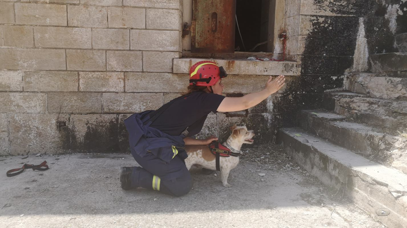 Vježba spašavanja iz ruševina